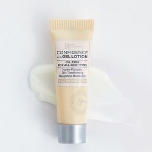 5 for $25!! It Cosmetics gel lotion